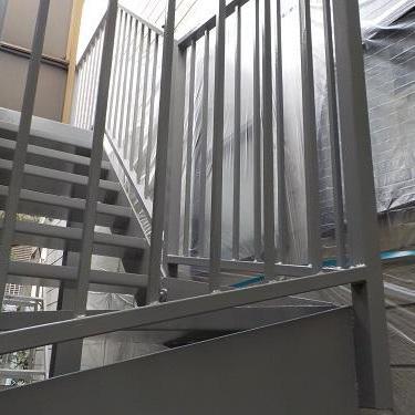 世田谷区 アパート階段および廊下鉄部塗装